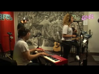 Rudimental ft. Ella Eyre LIVE : Feel The Love